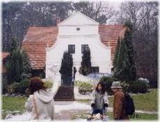 Artvillage1